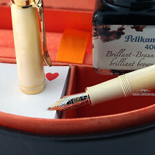 Pelikan Special Edition M320 Pearl Fountain Pen w/ Brown Ink - 14k Gold (M) Nib