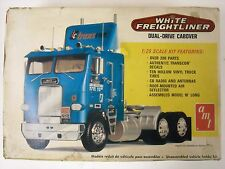 Vintage AMT White Freightliner Dual-Drive Cabover 1:25 Model Semi Tractor Kit