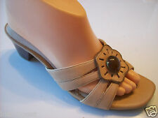"""Sexy Sizzle Sylio Slides Sandals Shoes Naturalizer Tan Leather 2"""" Heels Size 6.5"""
