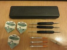 Darts with spare shafts in Harrows Case - Included - OK condition