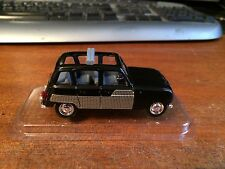 Solido 1/43 Scale No.19 Renault 4L (1964) - Blister Pack