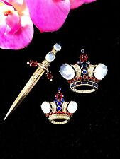 1944 TRIFARI STERLING MOONSTONE CABOCHON RS KING QUEEN CROWN & SWORD BROOCH SET