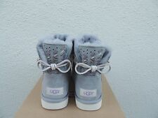 UGG ADORIA TEHUANO PENCIL LEAD MINI BAILEY BOW SHEEPSKIN BOOTS, US 8/ EUR 39 NIB