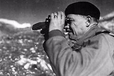 WW2 - Le Général Juin étudie le terrain  en Italie