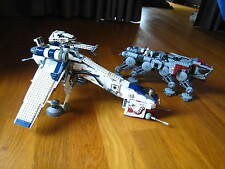 LEGO STAR WARS 10195 : Republic Dropship with AT-OT Walker