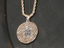 """VTG 18"""" TWISTED SILVERTONE CHAIN W/ROUND CELTIC LOOKING ENGRAVED MEDALLION! n253"""