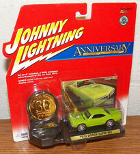 Playing Mantis JOHNNY LIGHTNING 30th Anniversary 1970 Dodge Super Bee  1/64