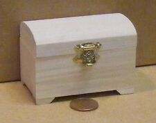 1:12 Scale Natural Finish Wooden Chest Trunk Dolls House Miniature Accessory 097
