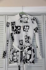 Vintage 1970's Top - Black and White Flower Power Groovy Op Art Poly Long Sleeve