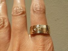 Signed Northwest Native American 14k yellow gold eagle band ring carved RB North