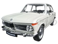 2002 BMW Ti CREAM 1:24 DIECAST MODEL CAR BY WELLY 24053