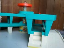 Vintage Fisher Price Little People Play Family Airport #996 Playset
