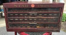 ANTIQUE STAR TWIST SEWING SPOOL THREAD STORE COUNTER DISPLAY METAL Ad Sign Tin