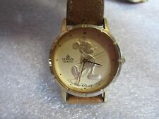 Mens Gold Coin LORUS Watch Works Great Gold Face & Case
