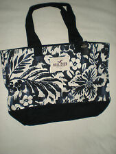 NWT HOLLISTER  CLASSIC SO CAL TOTE NAVY BLUE WITH WHITE FLOWER NICE AND BIG