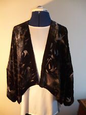 Velvet devore short jacket. Black/grey/silver. Freesize.   NEW
