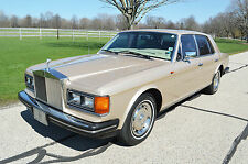 Rolls-Royce: Silver Spirit/Spur/Dawn 4 door sedan