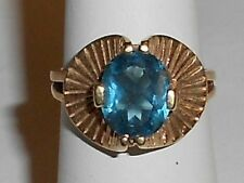 VINTAGE LADIES 14K GOLD AND TOPAZ RING 1950's - 1960's (11DD)