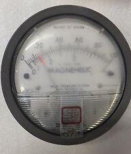 Dwyer Magnehelic Differential Pressure Gauge 2001 AV