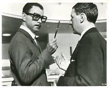 ALAN ARKIN INSPECTOR CLOUSEAU 1968 VINTAGE PHOTO ORIGINAL #2