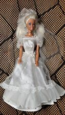 BARBIE DOLL BRIDE IN VINTAGE WEDDING DRESS BLACK WHITE LABEL