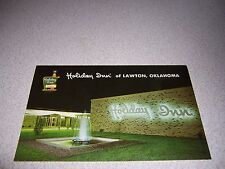 1960s HOLIDAY INN LAWTON OKLAHOMA OK. VTG POSTCARD