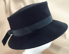 Vintage Black Felt Boater Style Ladies Hat -- Very Cute! -- 21 1/2""
