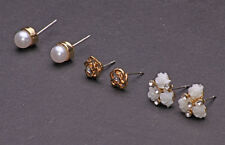 3 PAIRS OF STUNNING FLOWER-SHAPED/PEARL GOLD TONE METAL STUD EARRINGS (CL28)