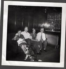 VINTAGE PHOTOGRAPH COLORADO CHRISTMAS FAMILY DOG WITH BOW HATS DECORATIONS PHOTO