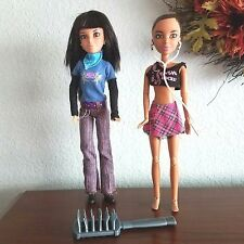 Spinmaster Liv Dolls Daniela and Alexis with Outfits Plus Brush Lot of 2 Dolls