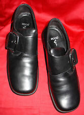 ECCO BLACK LEATHER LOAFERS SHOES sz 6