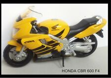 COLLECTION MOTO MINIATURE  - HONDA CBR 600 F4