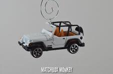 1998 Jeep Wrangler TJ Unlimited Custom Ornament 1/64 Adorno SUV  white open top