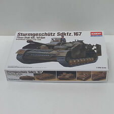 Academy 1/35 Plastic Model Kit Sturmgeschutz Sdkfz.167 German Assault Tank 13235