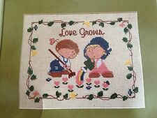 The Bumpkins Love Grows Creative Circle Counted Cross Stitch Kit by Fabrizio