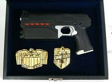 JUDGE DREDD The Lawgiver and Belt Buckle Set by SD Studios Ltd 500 w/COA