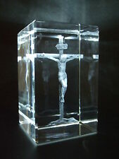 LASER CRYSTAL PAPERWEIGHT JESUS CHRIST CROSS 3656  NEW PRESENTATION BOXED