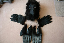 GORILLA MASK WITH HANDS AND FEET, OVER THE HEAD LATEX