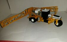 1/64  ERTL TOY CUSTOM AGCO TERRA GATOR 1803 FLOATER W/ SPRAYER SPRAY BOOM BODY
