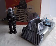 X-PLUS Forbidden Planet ROBBY the ROBOT + ALTAIR-4 TRANSPORTER MIB