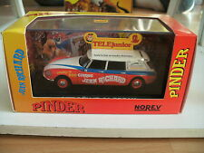 "Norev Citroen ID / ds 21 Break ""Circus Pinder"" in Red/White on 1:43 in Box"