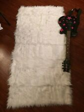"White, SHAGGY FAUX (long Pile) FUR FABRIC costumes, Cosplay Furry 29"" Santa Wolf"