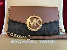 NWT MICHAEL KORS HUDSON PVC LARGE PHONE WALLET CROSSBODY BAG IN BROWN
