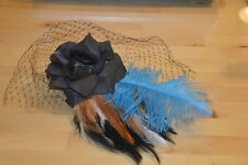 Molletta capelli piume, fiore velo a rete fishnet flower feather hairclip