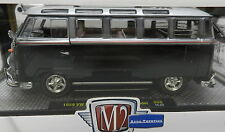 WALMART 1/25 1959 VW V W BUS BUG MICROBUS DELUXE USA MODEL BLACK S06 15-04 M2