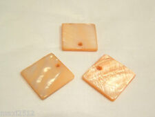 10 x Natural Dyed Shell Pendants: BNSP144 Peach Square
