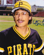 ERNIE CAMACHO  PITTSBURGH PIRATES  ACTION SIGNED 8x10