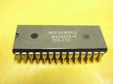 IC CIRCUITO INTEGRATO BAUSTEIN Z80CTC = MK3882N-4 NEW UNUSED OLD STOCK