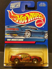 2000 Hot Wheels #98 : 1999 '99 Ford Mustang - 27065