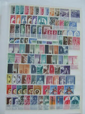 VATICAN CITY MNH 1956-83 COLLECTION OF SETS & MINI SHEETS, APPROX 500 STAMPS